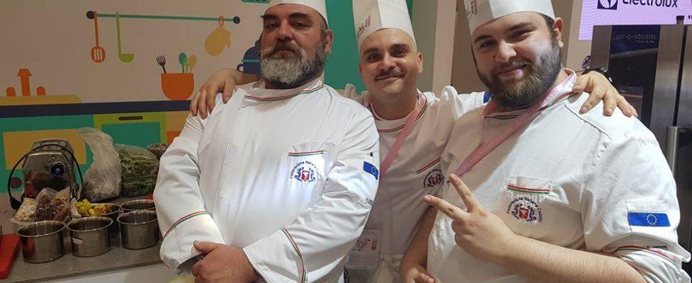 Luigi Gonzo Coccimiglio, Lucky Lasagna, Carmine D'Arienzo, FIC China